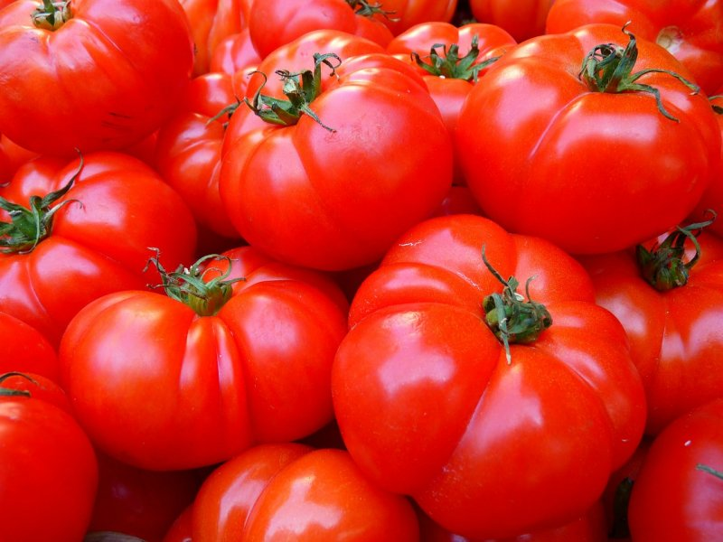 upload/newsy/3317/tomatoes-5356-1280_medium.jpg