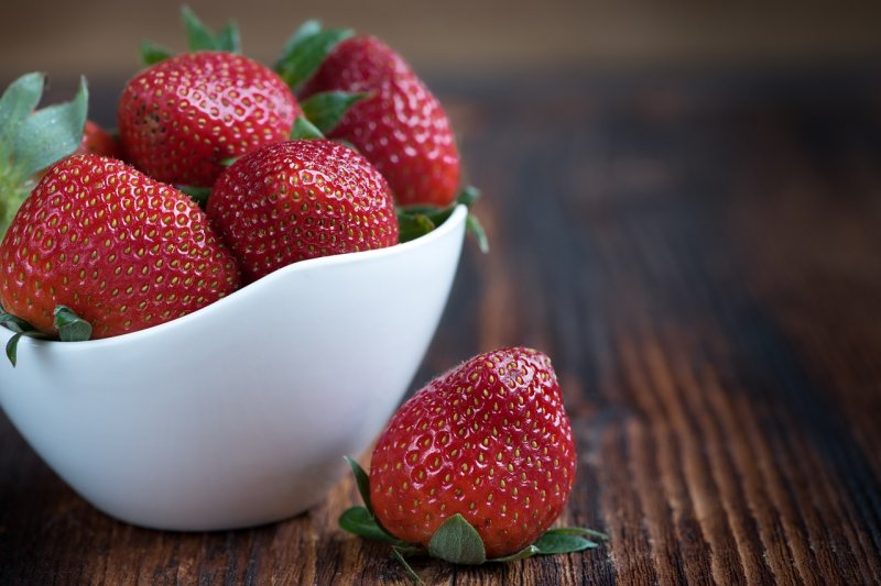 upload/newsy/3494/strawberries-1330459-1280_medium.jpg