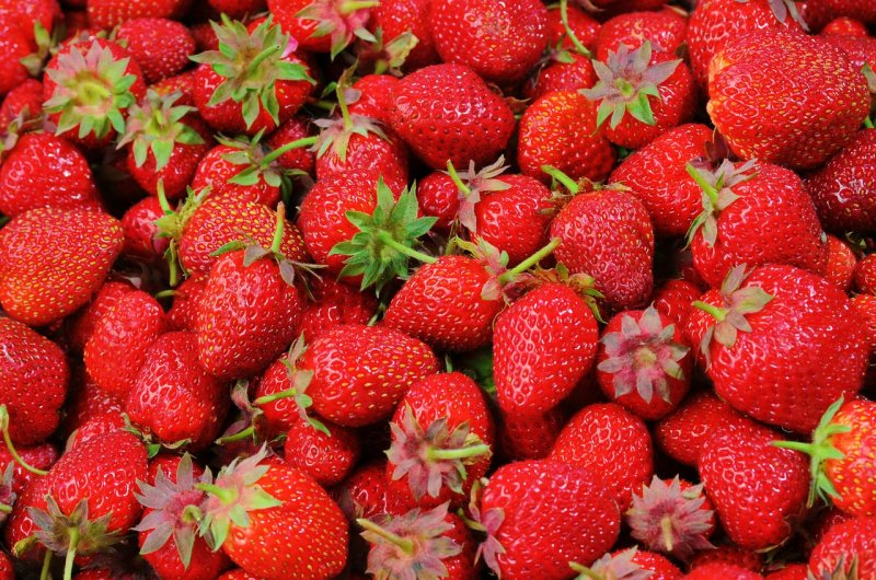 upload/newsy/3773/strawberries-528791-1280_medium.jpg
