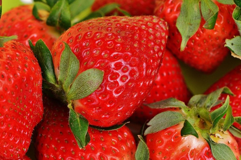 upload/newsy/4504/strawberries-1303374-1280_medium.jpg